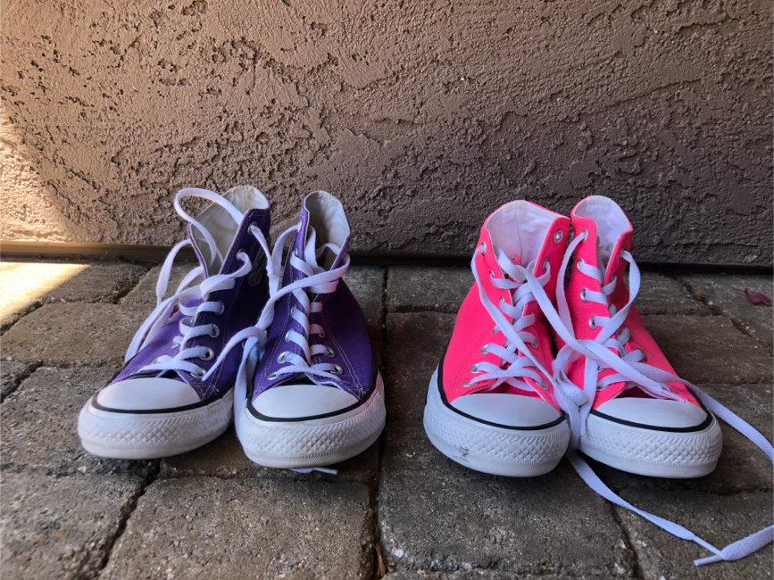 Photo Pink and purple converse