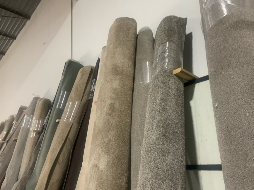 Photo Carpet Installation Price Starting At $1.70 sq ft Price Includes Carpet Pad And Labor for 1.70 For A Room 12x13 - 350$ For A Room 12x15- 375$ Stair Case 14-17 Steps 400$ These Prices include carpet pad and labor !!!!!!! ⬆ Feel free message FREE ES