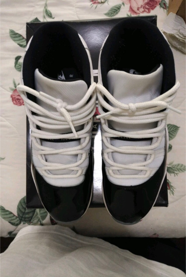 Photo Air Jordan 11 retro concord-2018