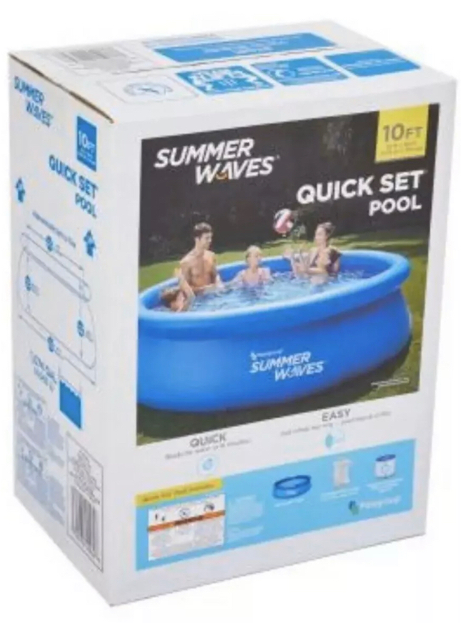 Photo Polygroup® Summer Waves® 10' x 30 Quick Set® Ring Pool, filter pump AND cover included