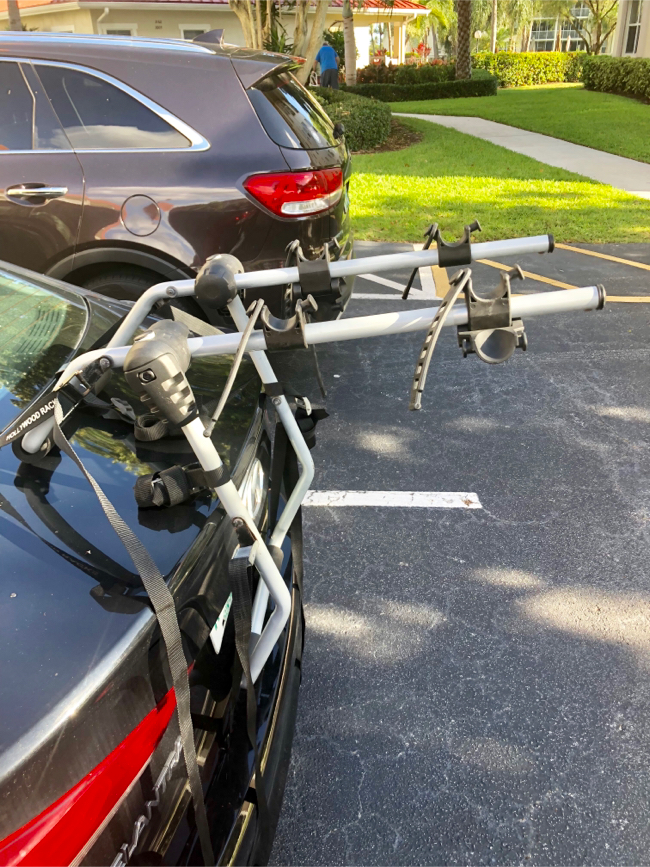 Photo Bike Rack for cars or SUV's. Made by Hollywood Racks. Used only 4-5 times. In Great Cond. Sells New For $150. Asking Only $65.