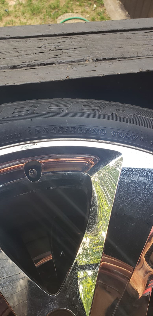 Photo Dodge Charger rims 245x50R20